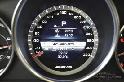 Mercedes-Benz C63 AMG - 2013 (36).JPG