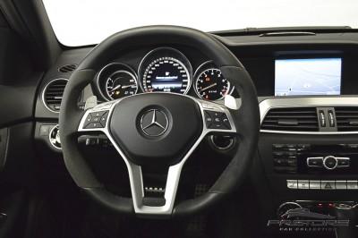 Mercedes-Benz C63 AMG - 2013 (30).JPG