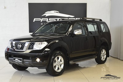 Nissan Pathfinder SE 2008 (1).JPG