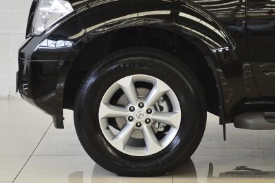 Nissan Pathfinder SE 2008 (10).JPG