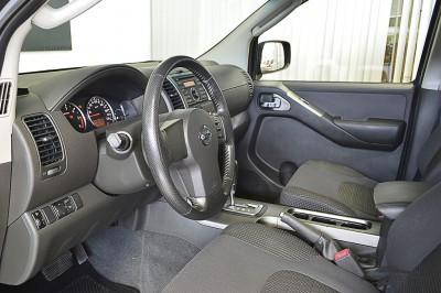 Nissan Pathfinder SE 2008 (4).JPG