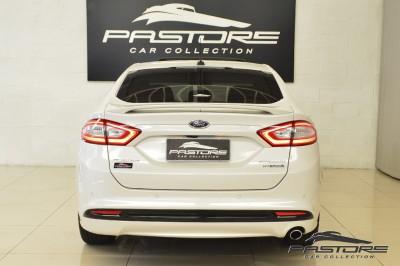 Ford Fusion Hybrid 2014 (3).JPG