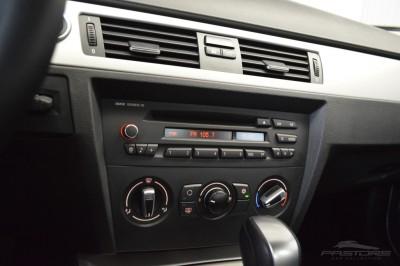 BMW 320i Joy 2010 (14).JPG