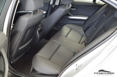 BMW 320i Joy 2010 (10).JPG
