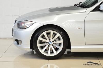 BMW 320i Joy 2010 (7).JPG