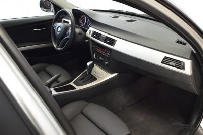 BMW 320i Joy 2010 (15).JPG