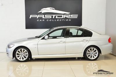 BMW 320i Joy 2010 (2).JPG