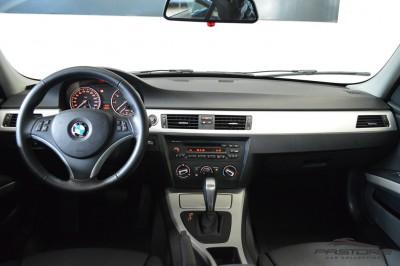 BMW 320i Joy 2010 (5).JPG