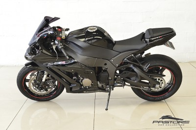 Kawasaki Ninja ZX-10R 2011 (2).JPG