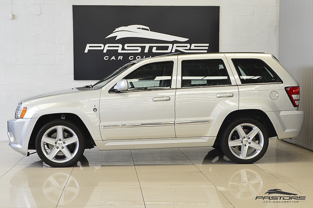 JPG Jeep Grand Cherokee SRT8  2006 (2).