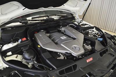 Mercedes-Benz  C63 AMG - 2012 (6).JPG