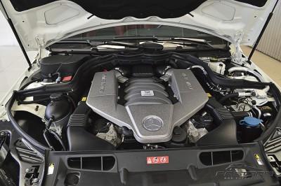 Mercedes-Benz  C63 AMG - 2012 (11).JPG