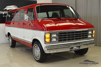 Plymouth Voyager - 1983 (23).JPG