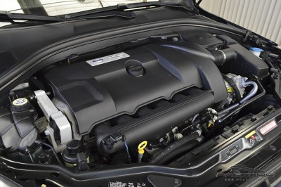 Volvo XC60 T6 AWD - 2009 (6).JPG