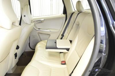 Volvo XC60 T6 AWD - 2009 (16).JPG