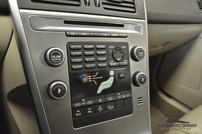 Volvo XC60 T6 AWD - 2009 (20).JPG