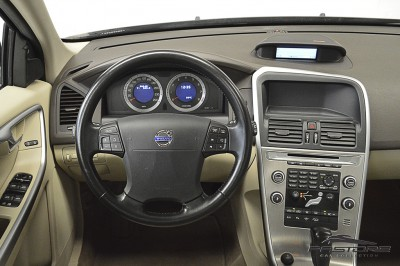 Volvo XC60 T6 AWD - 2009 (18).JPG