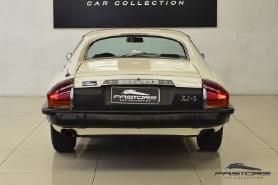 Jaguar XJ-S Coupé - 1977 (3).JPG