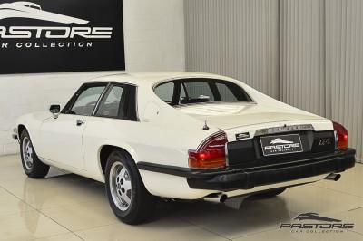 Jaguar XJ-S Coupé - 1977 (16).JPG