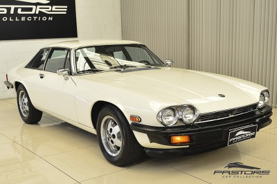 Jaguar XJ-S Coupé - 1977 (9).JPG
