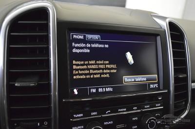 Porsche Cayenne S 2011 (28).JPG