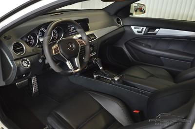 Mercedes-Benz C63 AMG - 2012 (4).JPG