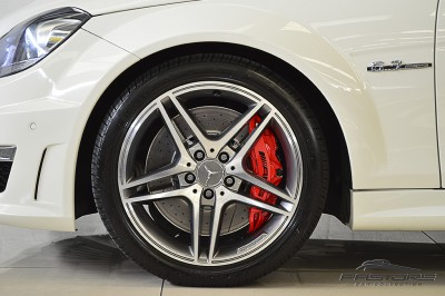 Mercedes-Benz C63 AMG - 2012 (14).JPG