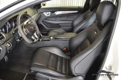 Mercedes-Benz C63 AMG - 2012 (19).JPG