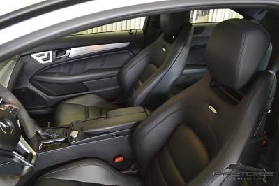 Mercedes-Benz C63 AMG - 2012 (18).JPG