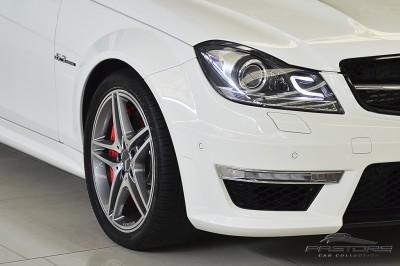Mercedes-Benz C63 AMG - 2012 (10).JPG