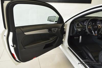 Mercedes-Benz C63 AMG - 2012 (20).JPG