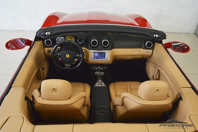 Ferrari Califórnia 4.3 V8 - 2012 (32).JPG