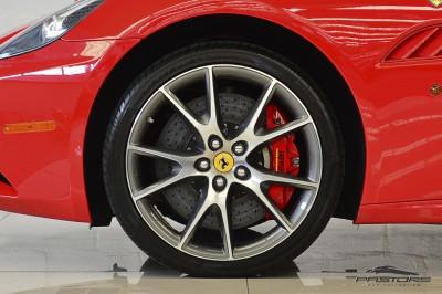 Ferrari Califórnia 4.3 V8 - 2012 (22).JPG
