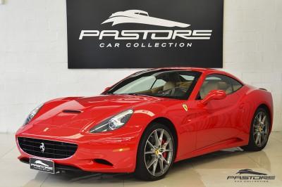 Ferrari Califórnia 4.3 V8 - 2012 (2).JPG