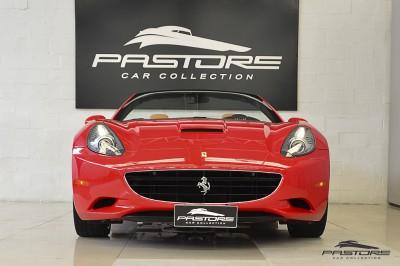 Ferrari Califórnia 4.3 V8 - 2012 (8).JPG