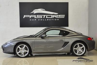 Porsche Cayman - 2011 (2).JPG