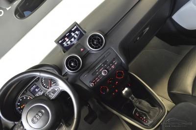 Audi A1 1.4 TFSI - 2011 (15).JPG