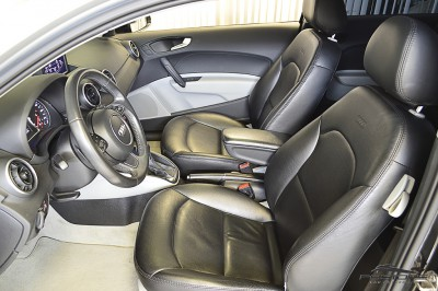 Audi A1 1.4 TFSI - 2011 (12).JPG