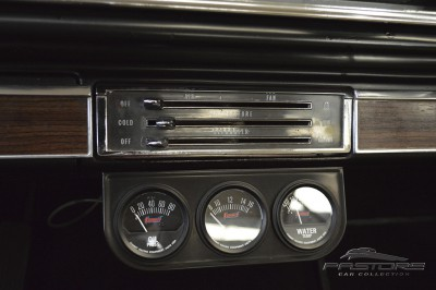 Chevrolet Impala - 1962 (29).JPG
