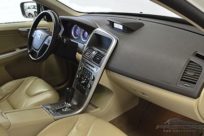 Volvo XC 60 Comfort - 2011 (23).JPG