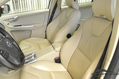 Volvo XC 60 Comfort - 2011 (17).JPG