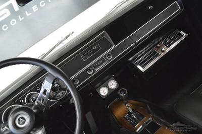 Dodge Dart GTS - 1968 (37).JPG