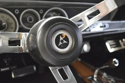 Dodge Dart GTS - 1968 (52).JPG