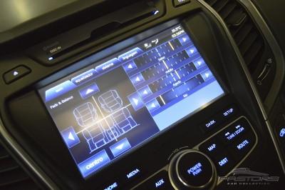 Hyundai Grand Santa Fé - 2014 (24).JPG