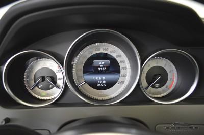 Mercedes-Benz C250 Turbo Sport - 2014 (23).JPG