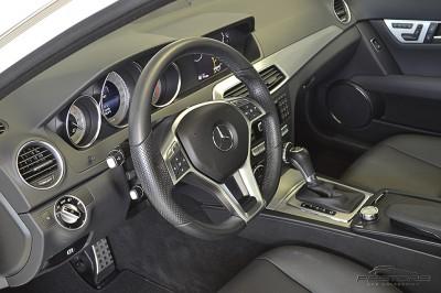 Mercedes-Benz C250 Turbo Sport - 2014 (20).JPG