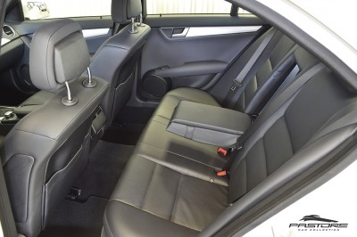Mercedes-Benz C250 Turbo Sport - 2014 (19).JPG
