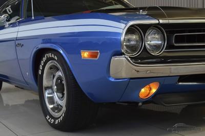 Dodge Challenger RT 440 SixPack - 1971 (18).JPG