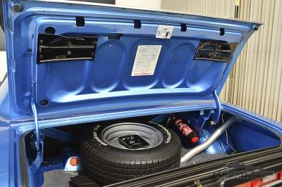 Dodge Challenger RT 440 SixPack - 1971 (44).JPG