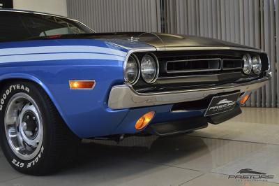Dodge Challenger RT 440 SixPack - 1971 (17).JPG